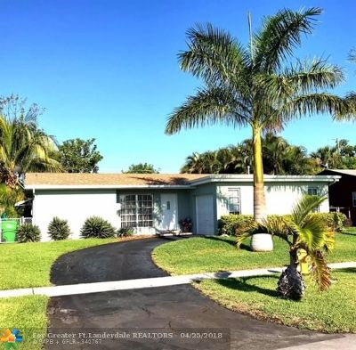 Sunrise Single Family Home For Sale: 2521 NW 98th Ave