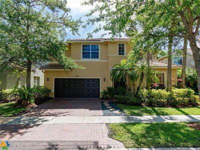 Weston Single Family Home For Sale: 4470 E Seneca Ave
