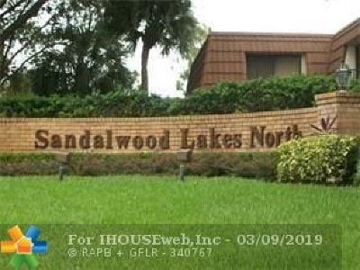 West Palm Beach Condo/Townhouse For Sale: 178 Charter Way #178