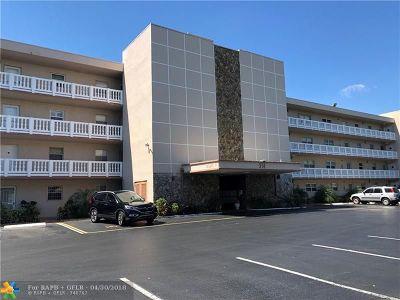 Dania Beach Condo/Townhouse For Sale: 314 SE 10th St #205