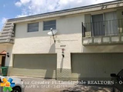 Coral Springs FL Condo/Townhouse For Sale: $138,999