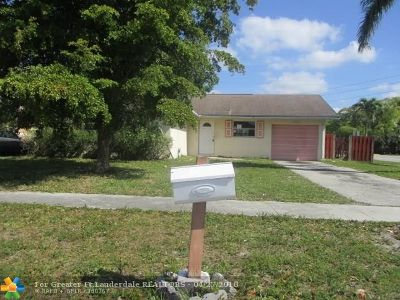 Sunrise Single Family Home For Sale: 6001 NW 25th Ct