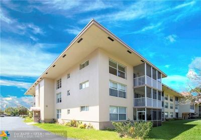 Oakland Park Condo/Townhouse For Sale: 4025 N Federal Hwy #314 A