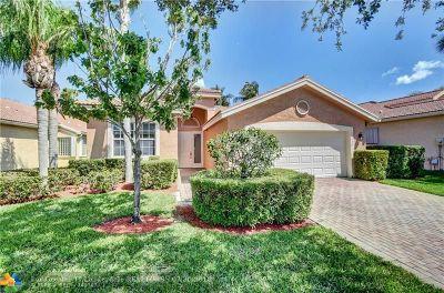 Boynton Beach Single Family Home For Sale: 10889 Deer Park Ln