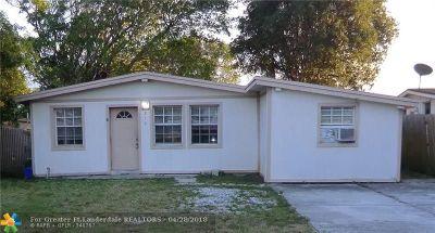 Boca Raton Single Family Home For Sale: 218 Glouchester St