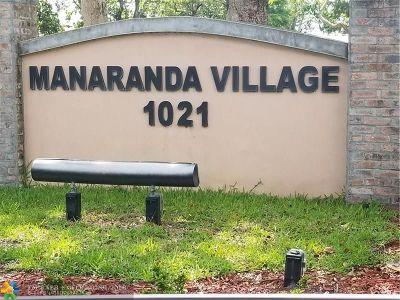 Plantation Condo/Townhouse For Sale: 1021 E Mockingbird Ln #313