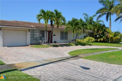 Deerfield Beach Single Family Home For Sale: 1001 SE 5th St