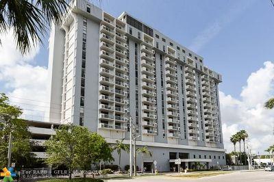 North Miami Condo/Townhouse For Sale: 13499 Biscayne Blvd #1711