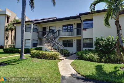 Lake Worth Condo/Townhouse For Sale: 4880 Lucerne Lakes Blvd W #201
