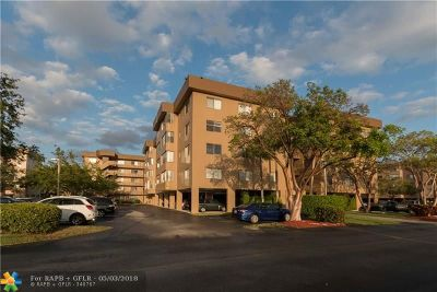 North Lauderdale Condo/Townhouse For Sale: 8030 Hampton Blvd #204