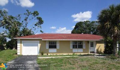 Boca Raton Single Family Home For Sale: 19393 Colorado Cr