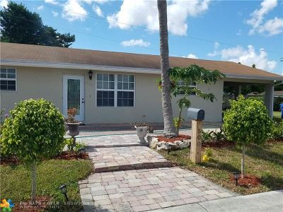 Oakland Park Single Family Home For Sale: 500 NW 45th St