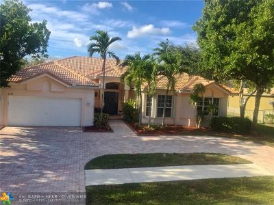 Davie Single Family Home For Sale: 8179 S Savannah Cir
