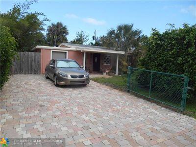 Pompano Beach Single Family Home For Sale: 2588 NE 14th Ave