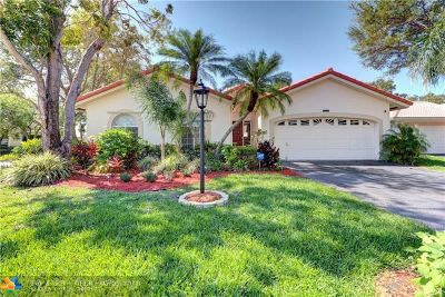 Coral Springs Single Family Home For Sale: 10241 NW 48th Ct