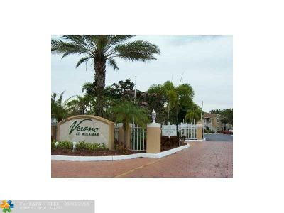 Miramar Condo/Townhouse For Sale: 8017 SW 21st Ct #101