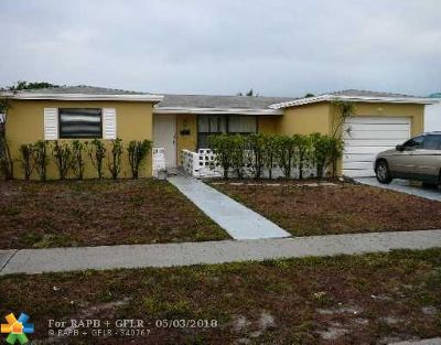 Margate Single Family Home For Sale: 6586 NW 4th St
