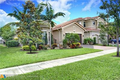 Delray Beach Single Family Home For Sale: 9536 Eden Roc Ct