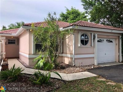 Plantation Single Family Home For Sale: 13553 NW 5th Ct