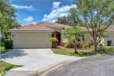 Coconut Creek Single Family Home For Sale: 5210 NW 49th St