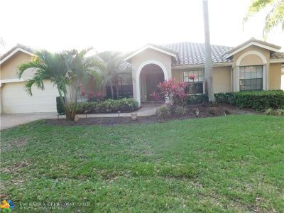 Coral Springs Single Family Home For Sale: 250 NW 123rd Way