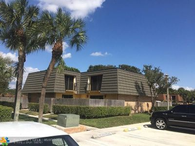 West Palm Beach Condo/Townhouse For Sale: 1316 13th Way #1316