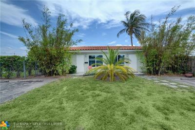 Broward County Multi Family Home For Sale: 1611 NE 15th Ave