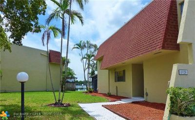 Pembroke Pines Condo/Townhouse For Sale: 8920 Palm Tree Ln #8920