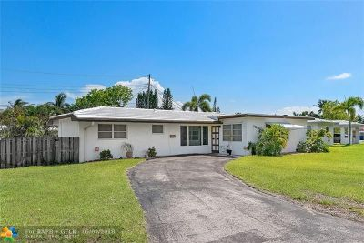 Pompano Beach Single Family Home For Sale: 100 SW 17th St