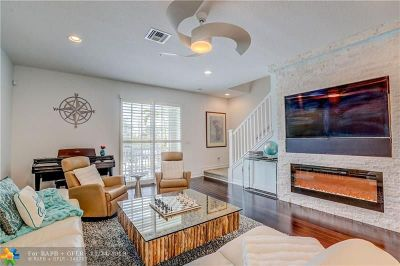 Delray Beach Condo/Townhouse For Sale: 101 SW 2nd Ave #C