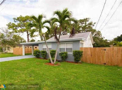 Oakland Park Single Family Home For Sale: 899 NE 35th St