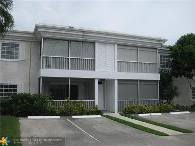 Fort Lauderdale Condo/Townhouse Backup Contract-Call LA: 6521 Bay Club Dr #4