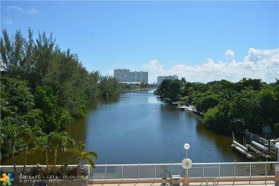 Fort Lauderdale Condo/Townhouse For Sale: 3000 Holiday Dr #504