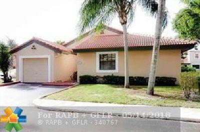 Plantation Condo/Townhouse For Sale: 9047 W Sunrise Blvd #9047