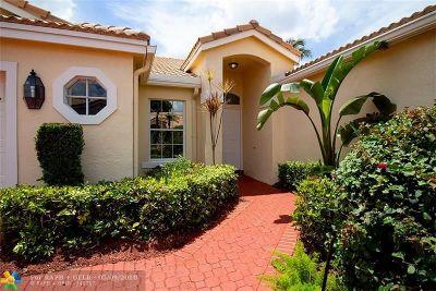 Boca Raton Condo/Townhouse For Sale: 17221 Boca Club Blvd #17221-3