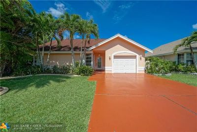 Pembroke Pines Single Family Home For Sale: 610 NW 206th Ave