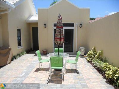 Boca Raton Condo/Townhouse For Sale: 17329 Bermuda Village Dr #17329