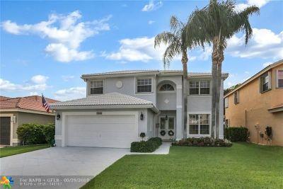 Boynton Beach Single Family Home For Sale: 7164 Chesapeake Cir