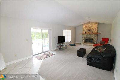 Coral Springs Single Family Home For Sale: 11500 NW 40th Ct