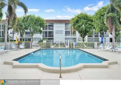 Deerfield Beach Condo/Townhouse For Sale: 400 SE 10th St #314