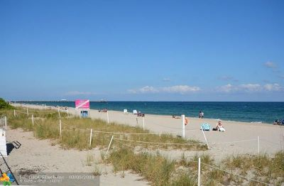 Lauderdale By The Sea Condo/Townhouse For Sale: 4050 N Ocean Dr #308