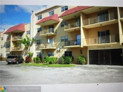 Pembroke Park Condo/Townhouse For Sale: 5100 SW 41st St #309