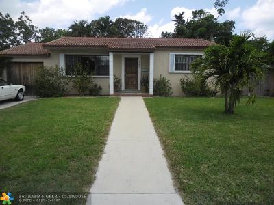 West Palm Beach Single Family Home For Sale: 343 Winters St