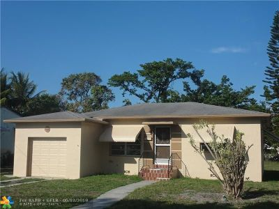 Miami Single Family Home For Sale: 14449 Garden Dr