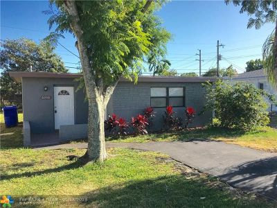 Hollywood Single Family Home For Sale: 6336 Dawson St