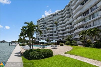 Bay Harbor Islands Condo/Townhouse For Sale: 9101 E Bay Harbor Dr #403