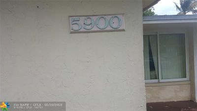 Lauderhill Multi Family Home For Sale: 5900 NW 19th Ct