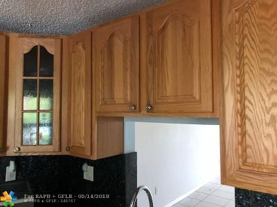 Margate Condo/Townhouse For Sale: 7250 NW 1st St #108