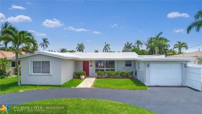 Pompano Beach Single Family Home For Sale: 300 SE 11th St