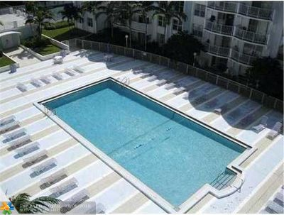 Miami Condo/Townhouse For Sale: 494 NW 165th Street Rd #C-405